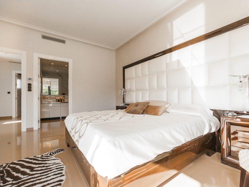 ialicante-mediterranean-homes-475803-unsplash