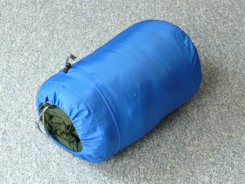 sleeping-bag-59653_1280
